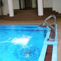 pool-10
